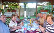 Besucher im September: Familie Wagner, Familie Junger, Josef Thöresz und Familie Martini