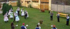 Tanz im Hof des Forums