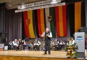 Josef Herbst, unser lebendes Einwohnermeldeamt, kennt nicht nur alle in über 500 Ortschaften zerstreuten Billeder
