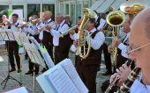 Sonntag, 8. Juni, 9:20 Uhr - musikalischer Empfang vor der Donauhalle in Ulm