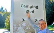 Im Touristenzentrum Bled (Veldes), teilten wir uns, nach unseren körperlichen Möglichkeiten, in Gruppen