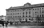 22.11.1937 Temeschburg: Deutsche Schule, Lenau-Schule, Außenansicht, etwas seitlich